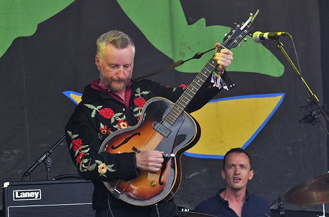 glastonbury_2013_billy-bragg